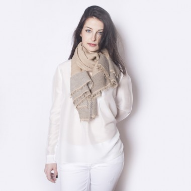LARGE SQUARE WOOL SHAWL AMBRE Beige