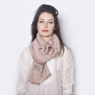 WOOL SHAWL PINK BLUSH