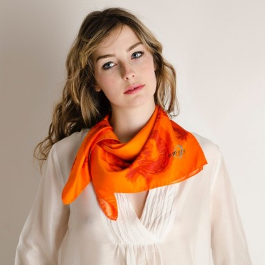 CARRE DRAGON ORANGE